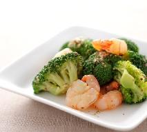 Makaron z krewetkami i brokułami: sprawdzony przepis