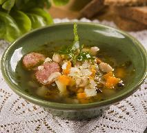 Zupa fasolowa na kiełbasie - idealna na jesień