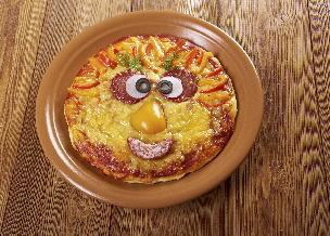 Pizza Twarz - przepis na wspólną zabawę w gotowanie z dziećmi