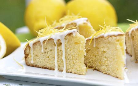 Cytrynowe ciasto biszkoptowe: sprawdzony przepis na biszkopt cytrynowy