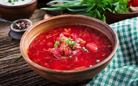 Zupa a'la barszcz ukraiński z menu beszamel