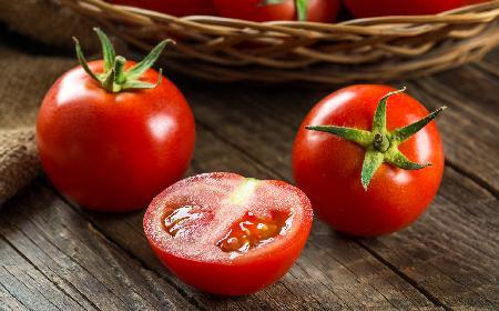 Dlaczego pomidory są zdrowe? Likopen w pomidorach [WIDEO]