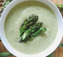 Chłodnik ze szparagów: pyszna zupa na ciepło i zimno