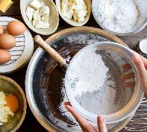 Ciasto PIJAK - znakomity warstwowy deser z biszkoptami w wódce