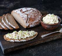Masełko śledziowo-twarogowe - pyszny dodatek do pieczywa