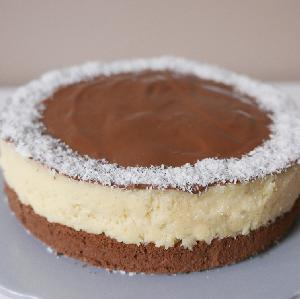 Czekoladowe ciasto BOUNTY z kokosowym kremem: niebiański deser dla rodziny