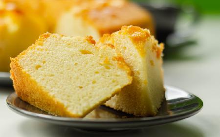 Ciasto bezglutenowe na Wielkanoc - przepis na puszystą babę piaskową