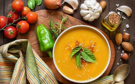 Aromatyczna zupa krem z dyni [WIDEO]