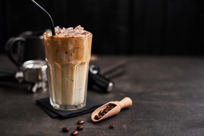 Kawa mrożona lepsza niż z McDonalda: jak zrobić Iced Latte jak w McDonald's